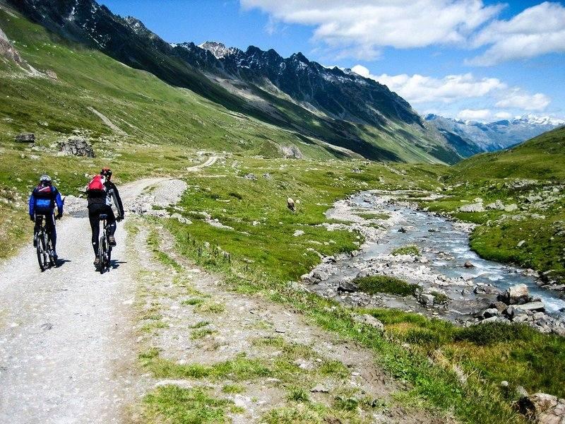 Wyprawa rowerowa po górach